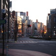 街角の朝日