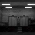 搬入口の灯り