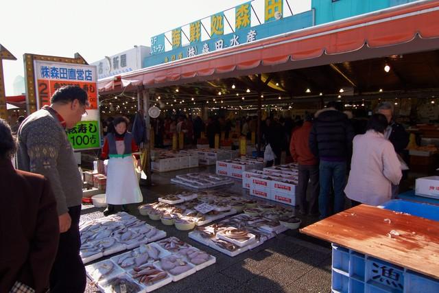 那珂湊の漁港の市場